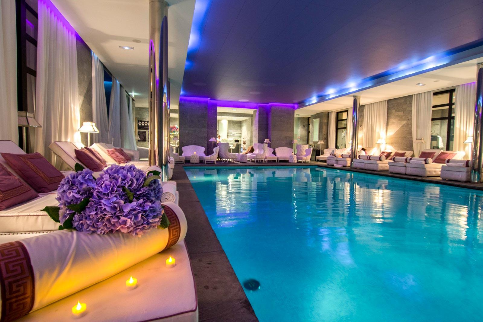 Les bains de l a paris jean delmarty for Bains de lea paris
